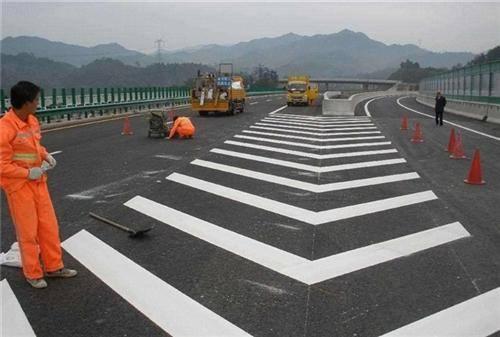 襄樊道路划线