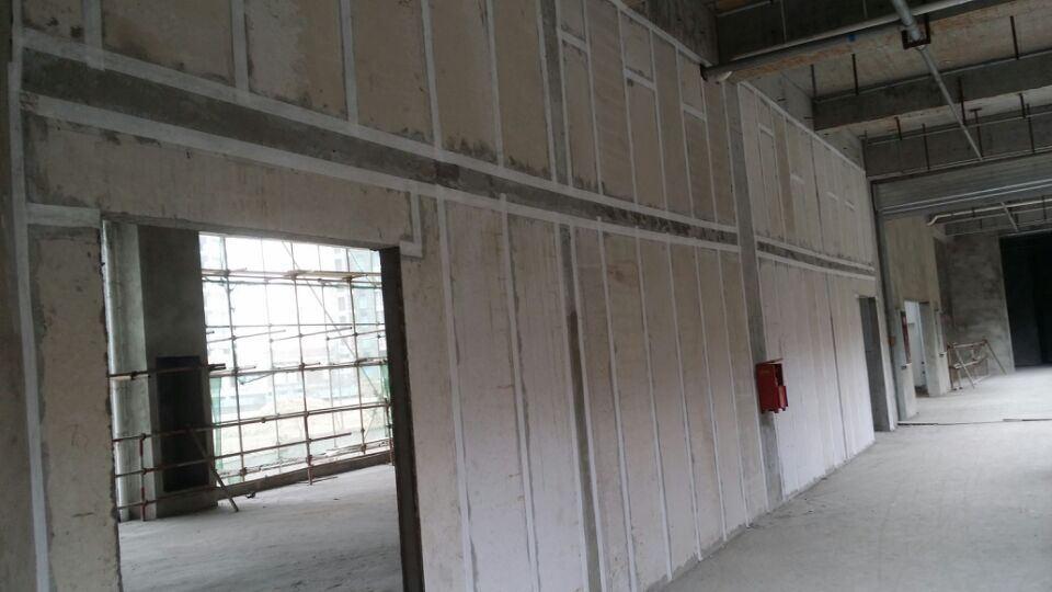 成都轻质隔墙板生产