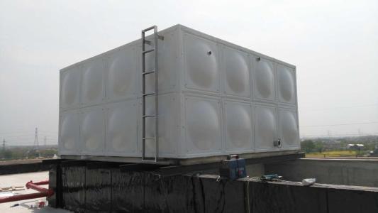 抗浮式地埋箱泵一体化水箱