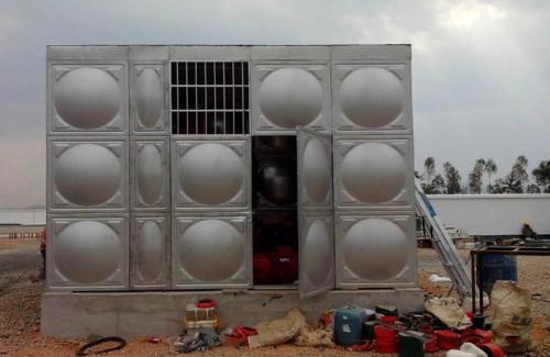 专业不锈钢箱泵一体化水箱