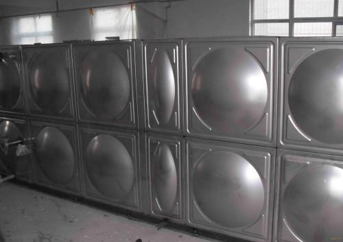 长方形不锈钢水箱