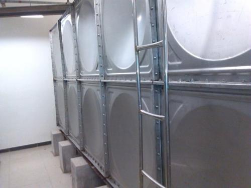 18立方装配式不锈钢水箱