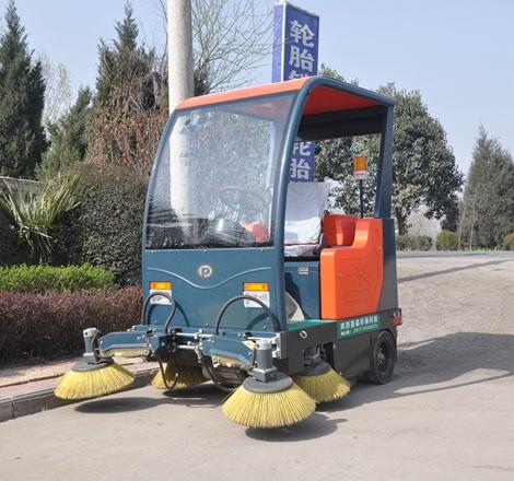 驾驶式扫地机品牌