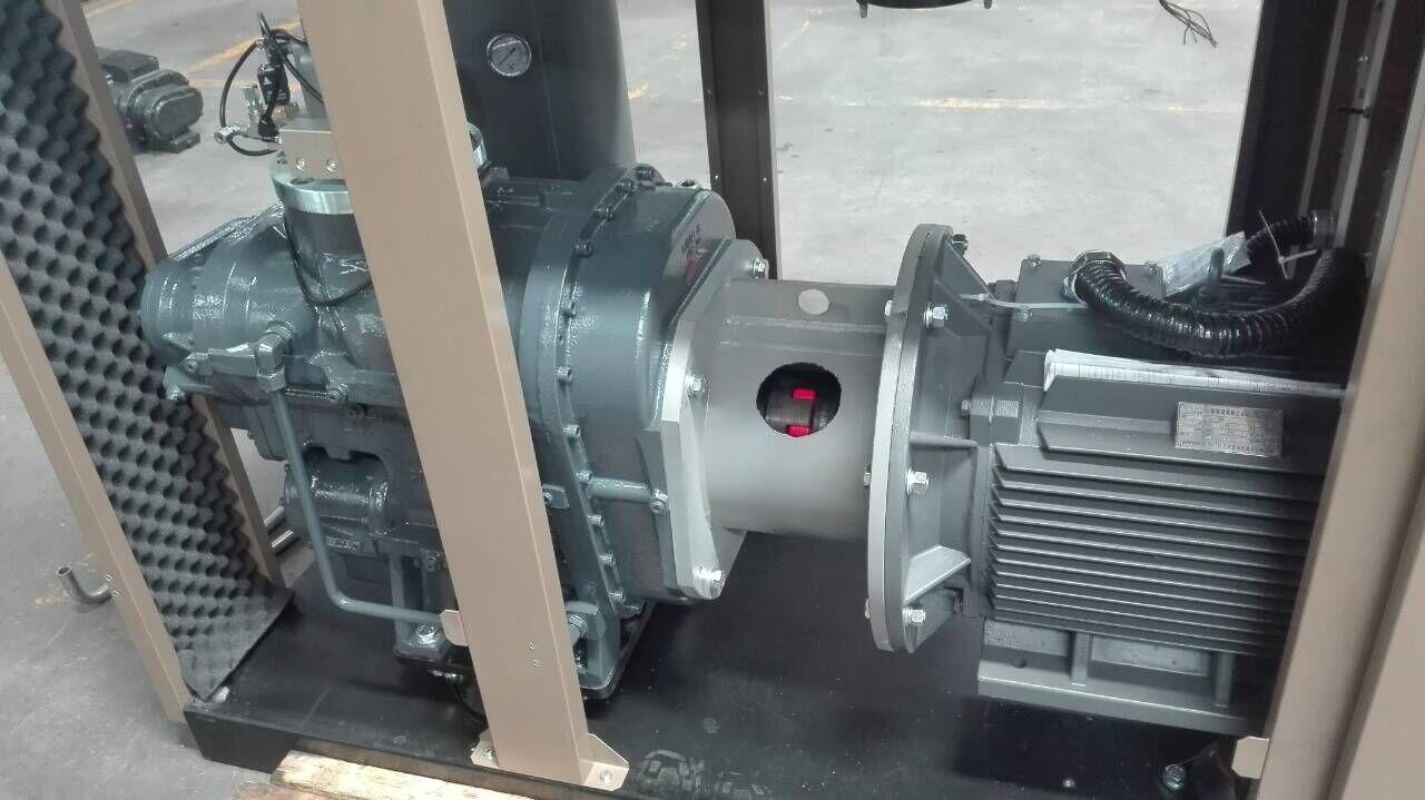 双级压缩螺杆机