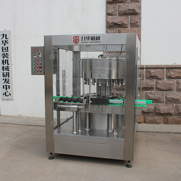 白酒灌装机械