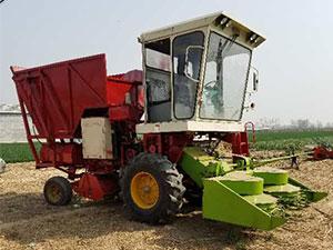 玉米收獲青儲機