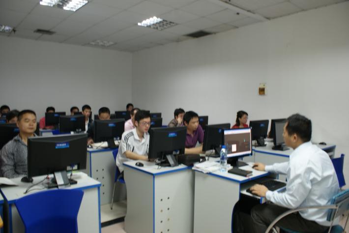 十一大员和专业技术人员继续教育