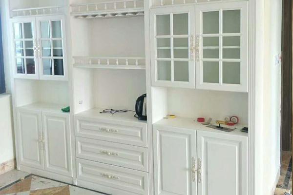 全屋定制家具-酒柜