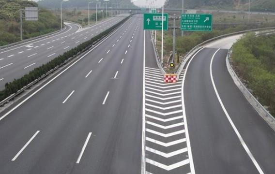 武汉高速道路划线