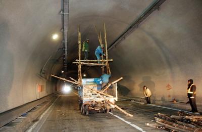 隧道缺陷修补