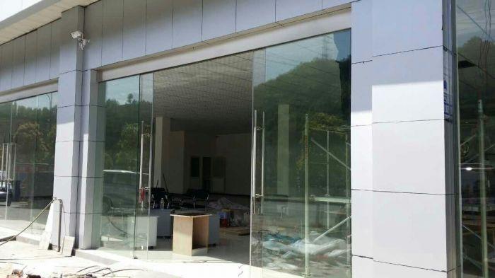 玻璃吊滑门