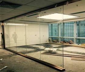 写字楼装修玻璃