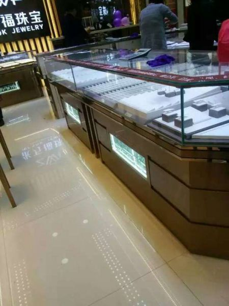 钢化商务玻璃