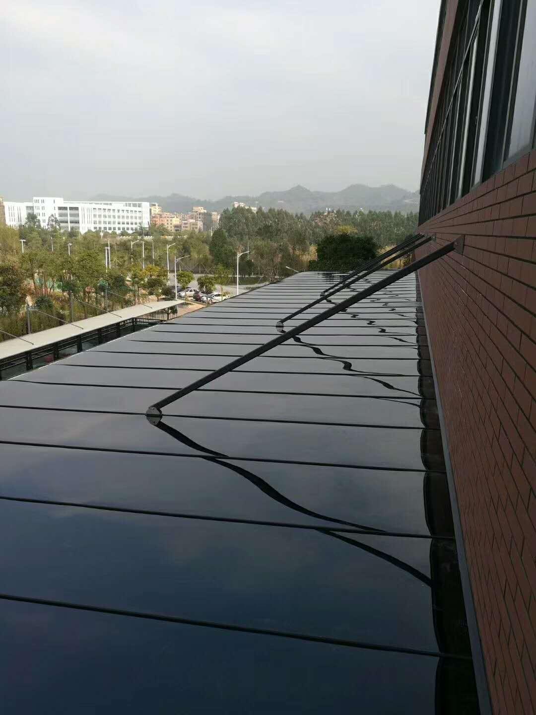 聚碳酸酯板雨棚
