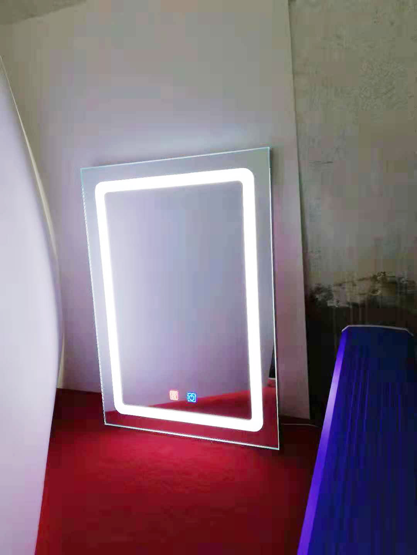 贵州LED灯防雾镜哪家好
