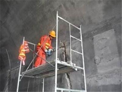 墙体清水混凝土保护