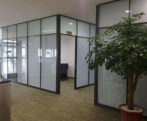 贵州钢化玻璃隔断