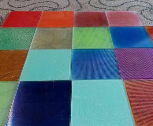 贵州彩色夹胶玻璃