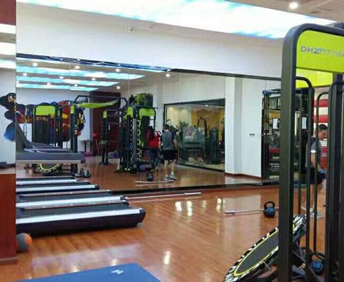 贵州健身房镜子工程