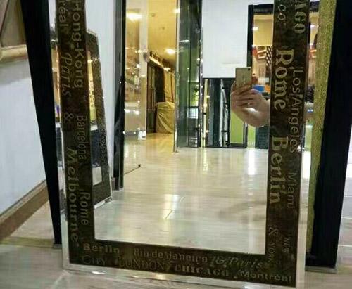 贵州卫浴镜