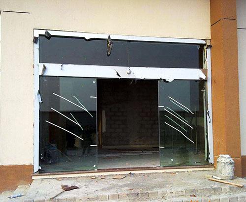 贵州感应门玻璃