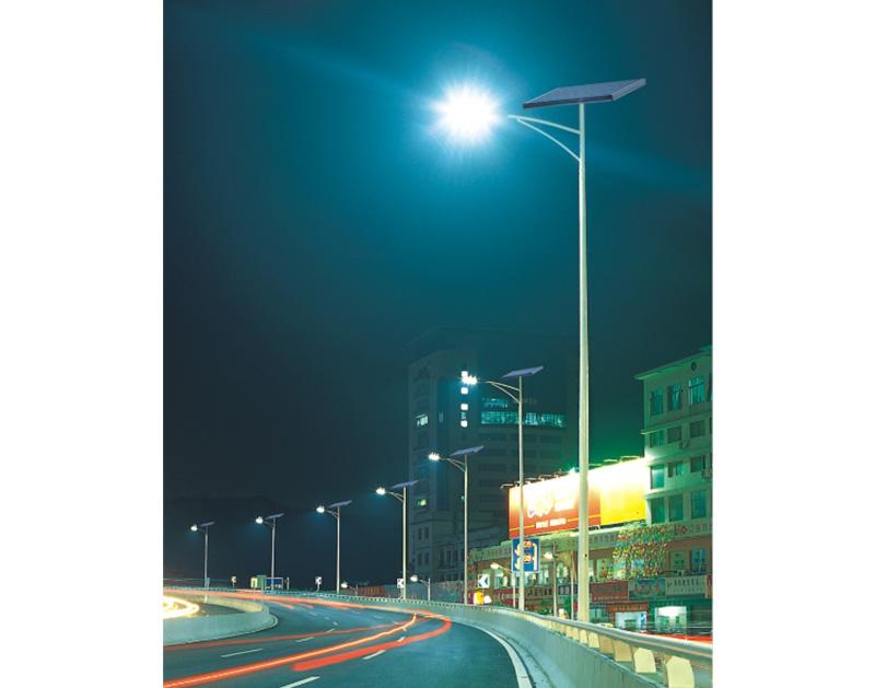 校园太阳能路灯