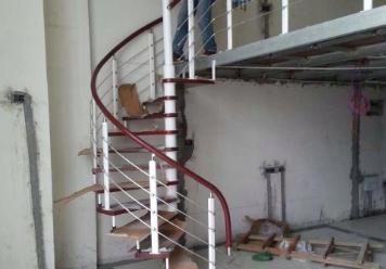 成都钢架楼梯搭建