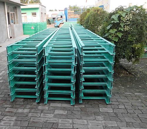 贵州梯级式电缆桥架