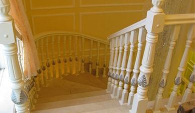 别墅楼梯护栏