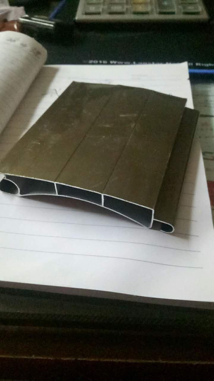 鋁質卷閘門