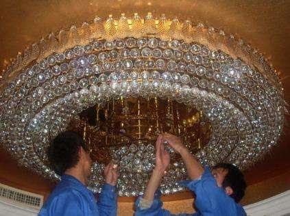 成都酒店水晶灯清洗