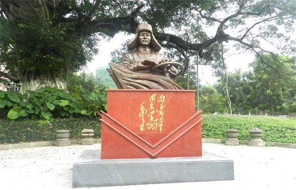贵州学校雕塑