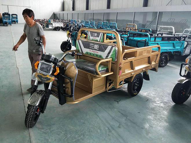 电动三轮车车厢制作
