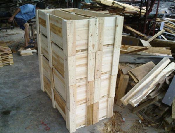 防震包装箱