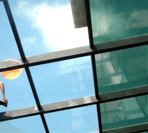 泰州玻璃貼膜