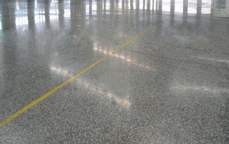 金刚砂硬化剂地坪工程