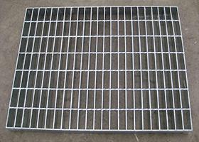 定制热镀锌钢格板楼梯踏步板