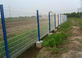 公路护栏-折弯护栏蓝