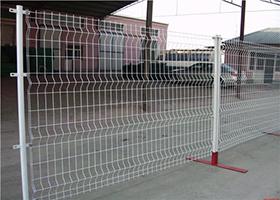 公路护栏-折弯护栏白