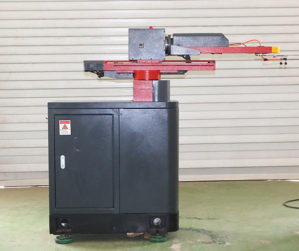 五轴冲压机器人设备