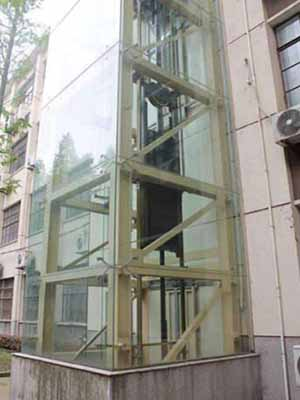 傳菜小電梯