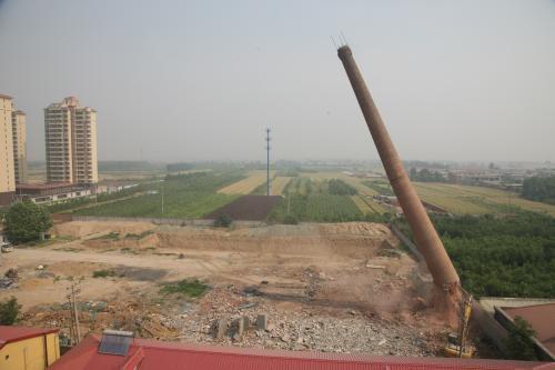砖烟囱人工拆除加高