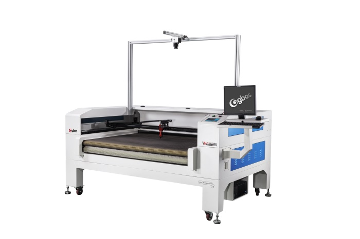 Laser cutting machine for leather cloth