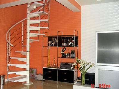 石家庄钢木楼梯安装