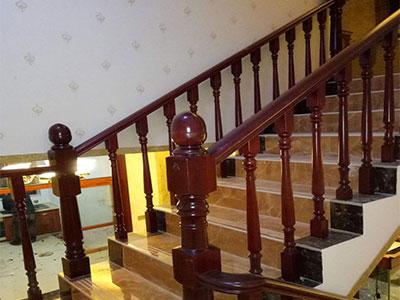 河北實木樓梯定製