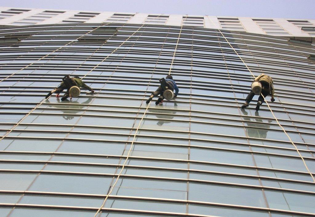 專業清洗外牆