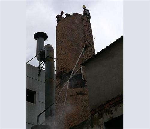 維修磚煙囪