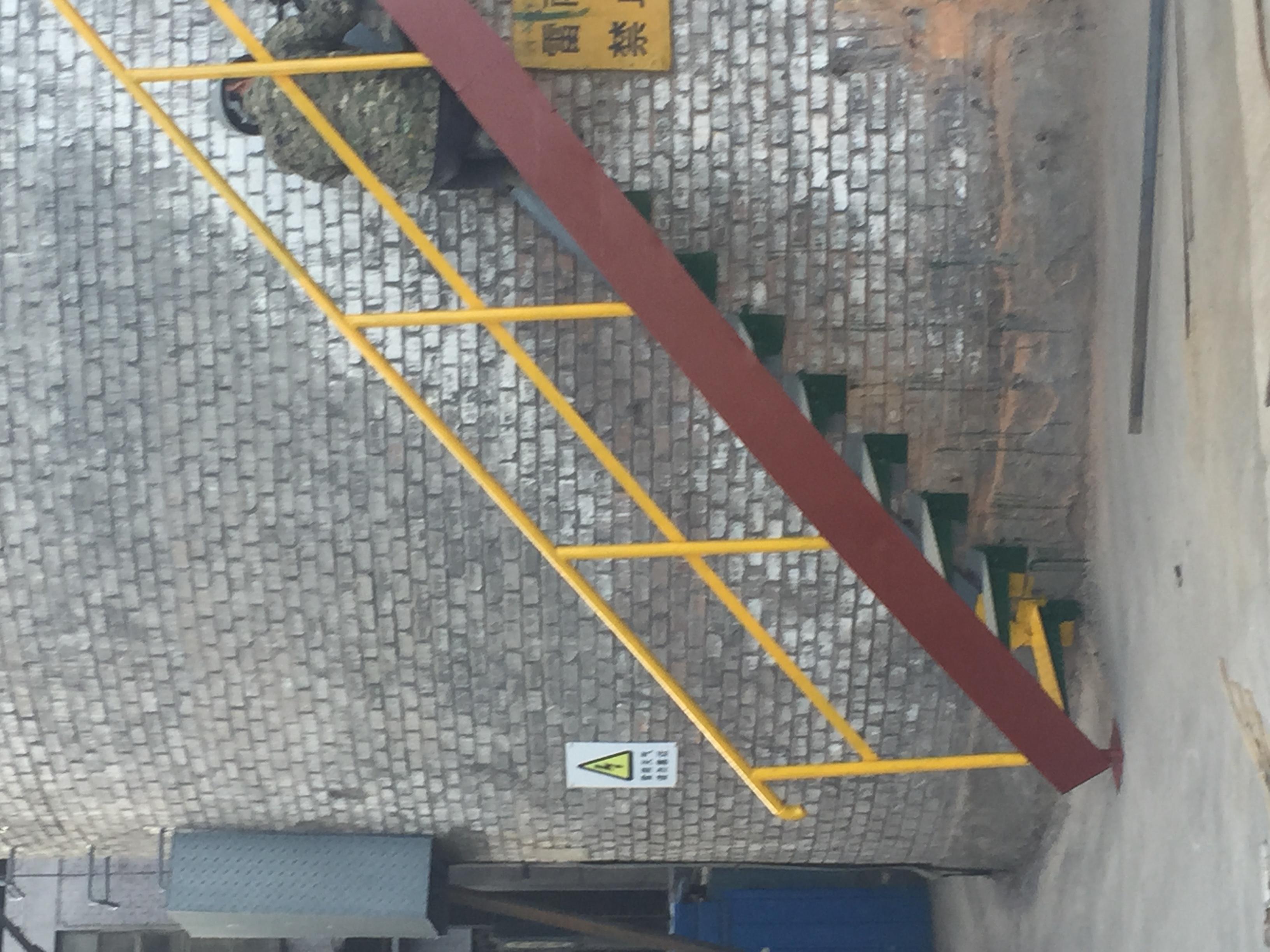 烟筒转梯安装