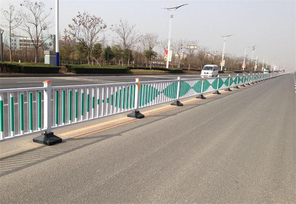 武汉交通护栏厂家