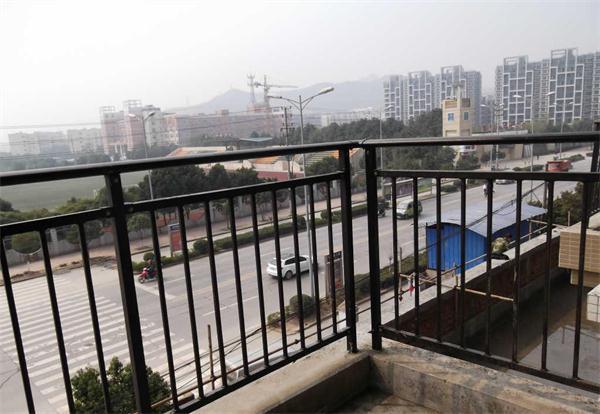 武汉锌钢阳台护栏